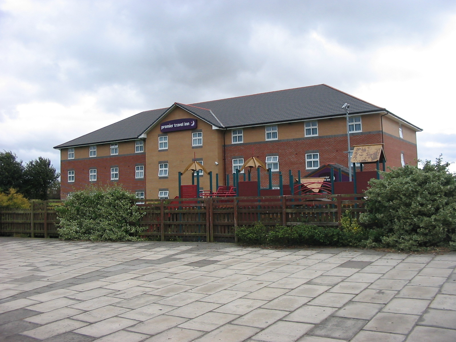 Doncaster – Premier Inn (2006)