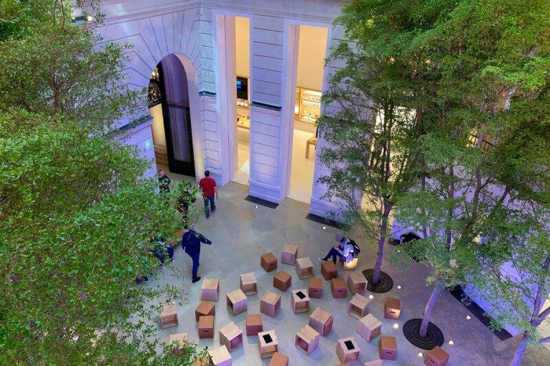 The first images of the Apple store on the Champs-Élysées, Paris