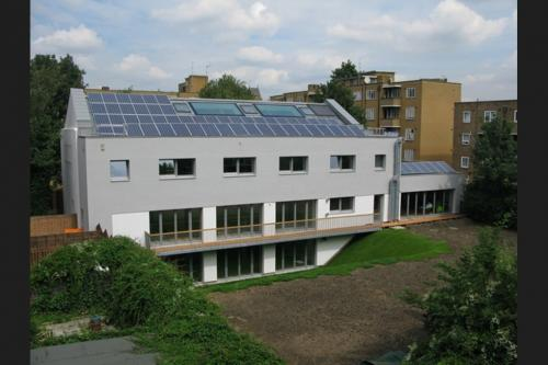 London – Mayville Community Centre (2009)
